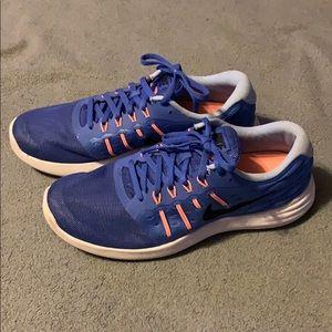 Nike- Lunarstelos Fitsole Sneakers